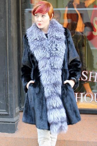 Mink Fur Jackets Mink Fur Strollers for Casual Everyday Wear