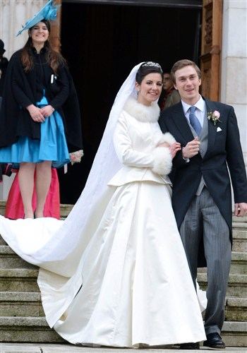 Weddings dresses with Fur Trim and other Beautiful Bridal Furs