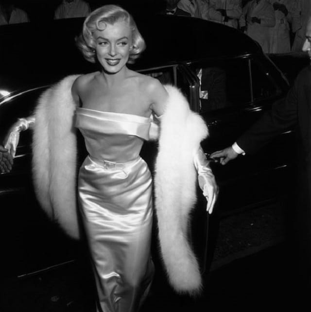 Fur coats on the red carpet Marilyn Monroe