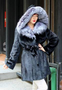 Ranch Mink Fur Stroller with Fox Fur Trim Hood Image