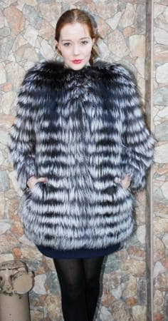 Fashionable Silver Fox Stroller Feather Weight