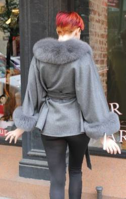 Classy Gray Cashmere Cape Fox Collar Cuffs Marc Kaufman Furs NYC Fur Market Best Chicago Washington Opera House