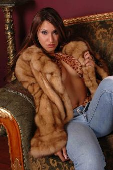 Marc Kaufman Furs presents a scalloped collar golden sable fur jacket in NewYork City. Fur coats in Baltimore, fur coats in Chicago, fur coats in Detroit, fur coats in Los Angeles, fur coats in Detroit, fur coats in orange county, fur coats in Atlanta, fur coats in Denver, fur coats in Dallas, fur coats in Seattle, fur coats in Portland, fur coats in Santiago, fur coats in Portugal, fur coats in Madrid