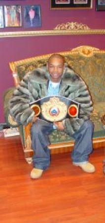 Kendal Holt Money Green Mens Chinchilla Fur Jacket Image