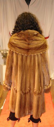 Designer Whiskey Mink Swing Fur stroller Inserted Swirls Hood fringes