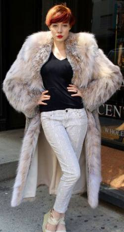 Amazing Full Length Canadian Lynx fur Coat Shawl Collar
