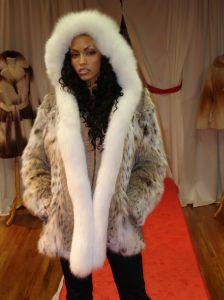 American Cat Lynx Fur Stroller White Fox Tuxedo Hood