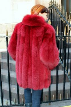 Marc Kaufman Furs presents a red blue fox fur jacket from Marc Kaufman Furs New York City,Fur coats in Baltimore, fur coats in Chicago, fur coats in Detroit, fur coats in Los Angeles, fur coats in Detroit, fur coats in orange county, fur coats in Atlanta, fur coats in Denver, fur coats in Dallas, fur coats in Seattle, fur coats in Portland, fur coats in Santiago, fur coats in Portugal, fur coats in Madrid