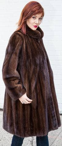 Elegant Demi Mink Fur Stroller