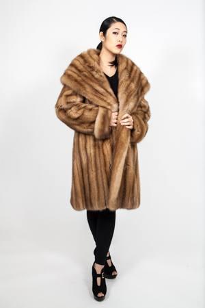 Golden Russian Sable Fur Hooded Cape Collar Stroller Made USA