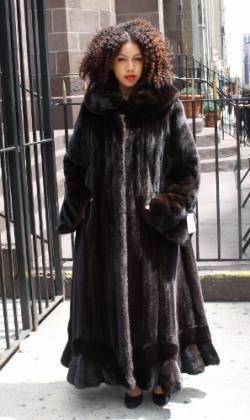 Marc Kaufman Furs presents a designer plus size mahogany mink fur coat from Marc Kaufman Furs New York City,Fur coats in Baltimore, fur coats in Chicago, fur coats in Detroit, fur coats in Los Angeles, fur coats in Detroit, fur coats in orange county, fur coats in Atlanta, fur coats in Denver, fur coats in Dallas, fur coats in Seattle, fur coats in Portland, fur coats in Santiago, fur coats in Buenos Aires, fur coats in Caracas