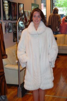 White Mink Classic Fur Stroller Wing Collar Bell sleeves