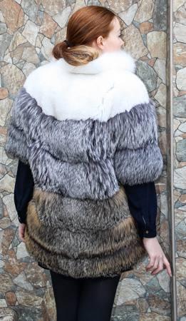 Marc Kaufman Furs Presents a white silver fox fur and cross red fox fur stroller from Marc Kaufman Furs New York,Argentina,United Kingdom,Austria,Denmark,Norway,Australia,Finland,Saudi Arabia,Oman,Kuwait,Jordan,Egypt