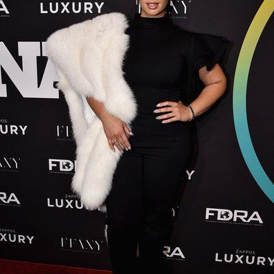 Dascha Polanco White Fox Stole Orange is the New Black on HBO
