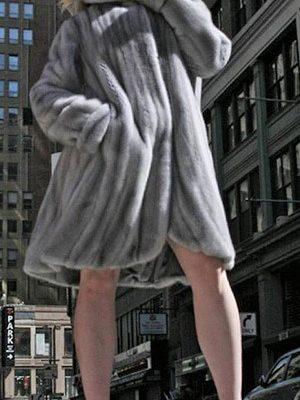 Sapphire Swing Mink Directional Fur Stroller