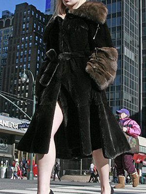 blackglama_mink_coat_sable-collar_cuffs