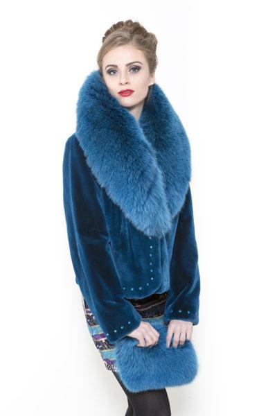 Zuki FursTurquoise Foxy Folly