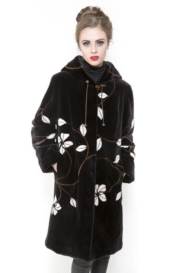 Zuki Furs Expresso White Flowers Sheared beaver Stroller