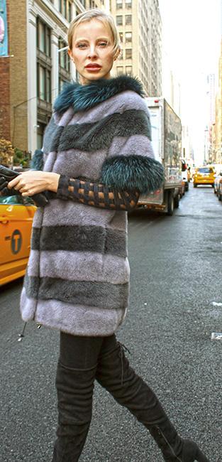 Gray Sapphire Mink Fur Sort Sleeved Jacket