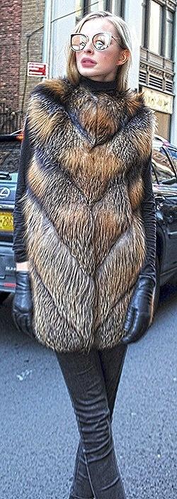Cross Fox Vest Hood