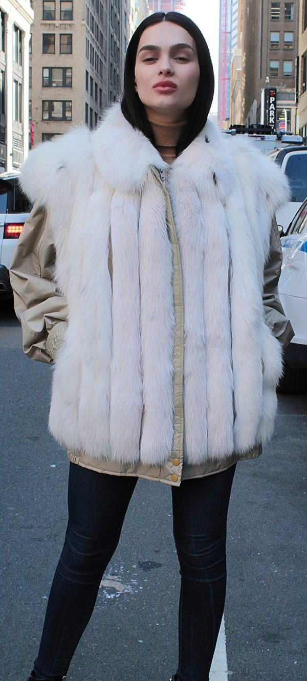 FUR COATS FOR WOMAN