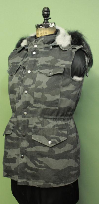 Grey Camouflage Vest Detachable Rabbit Fur Lining Detachable Hood