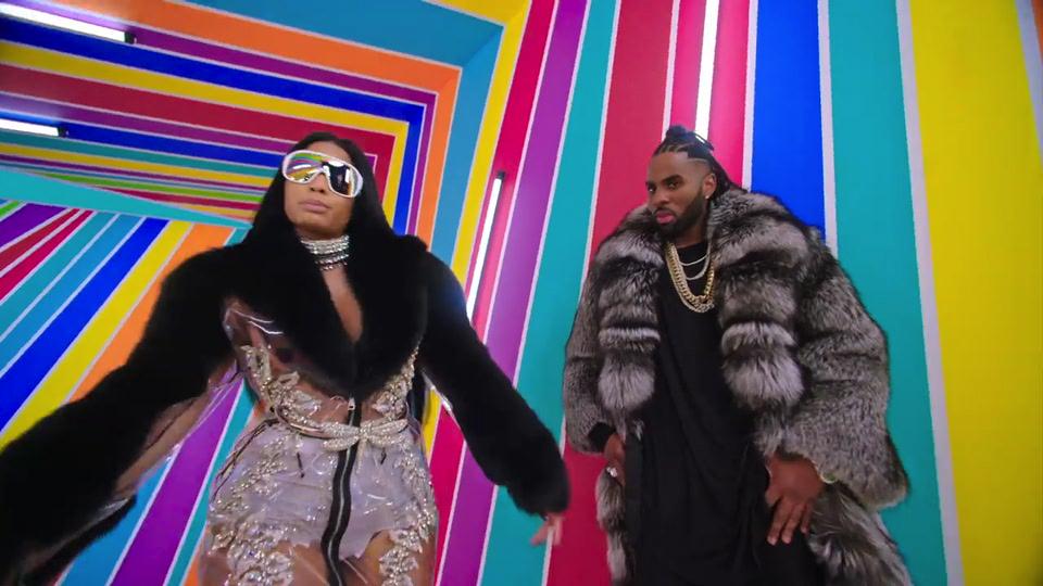 Nicki Minaj Has Strong Fur Game