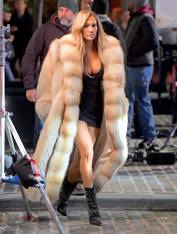 JLO Jennifer Lopez Rocks Marc Kaufman Fur For Hustlers Movie