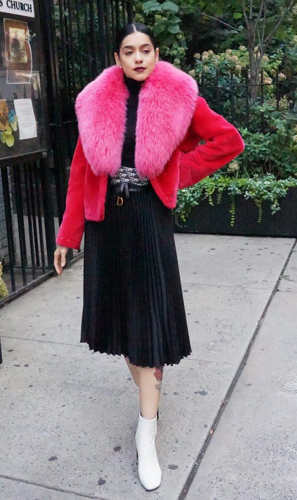 Zuki Pink Foxy Folly Sheared Beaver Fox Collar