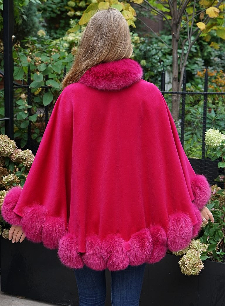 Cape fox fur trim
