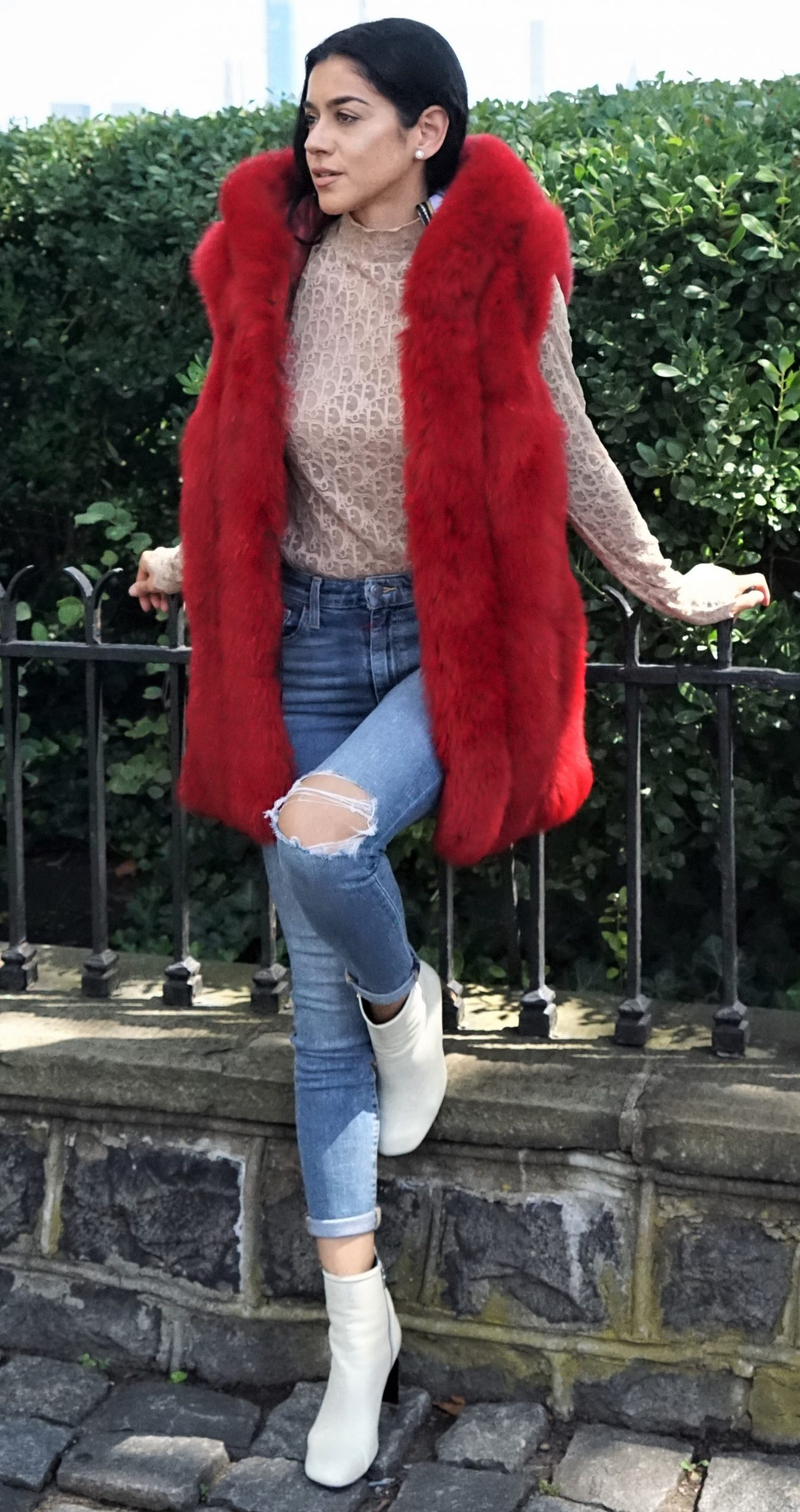 Sporty Dyed Red Fox Vest