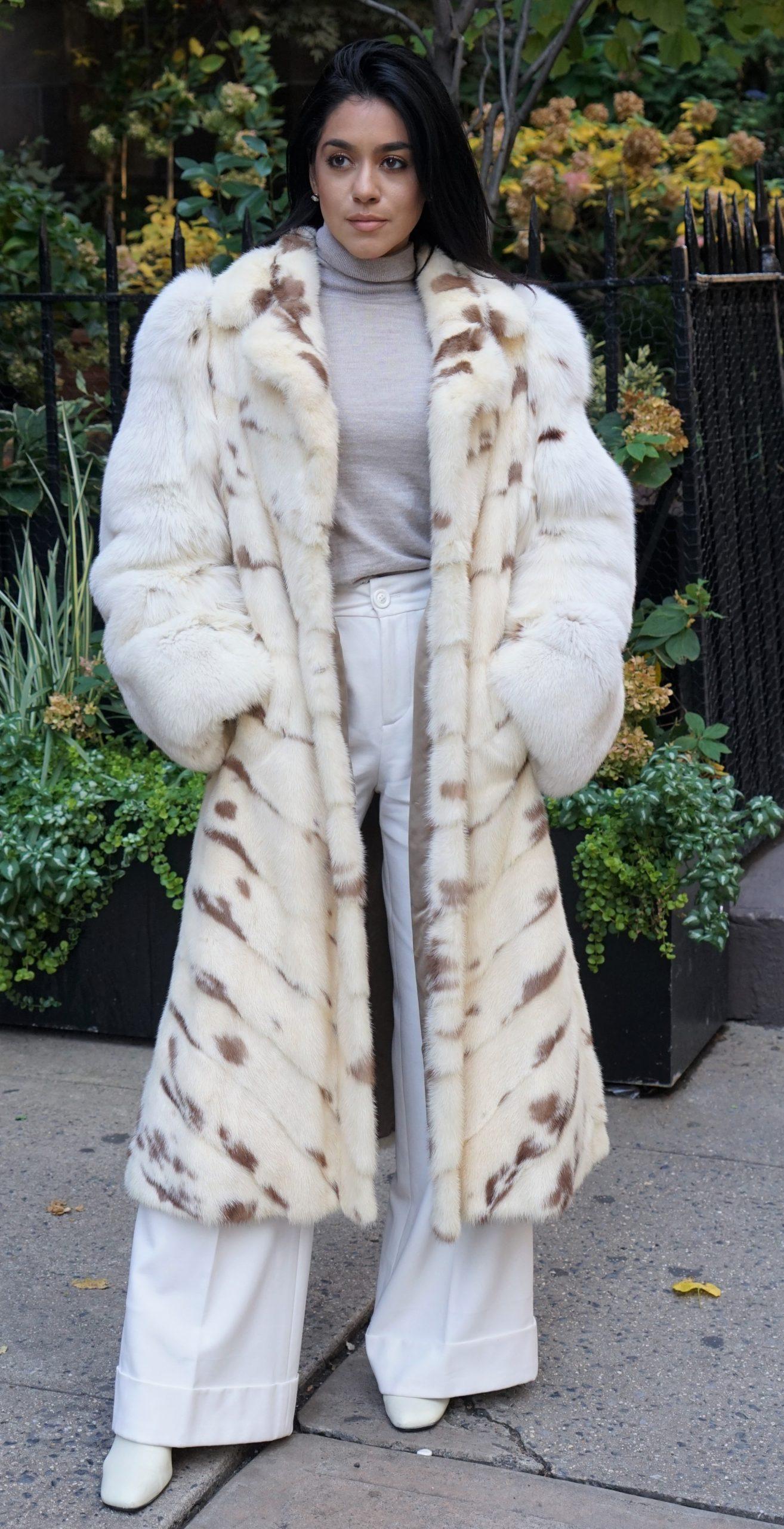 Mink Coat Fox Sleeves Size