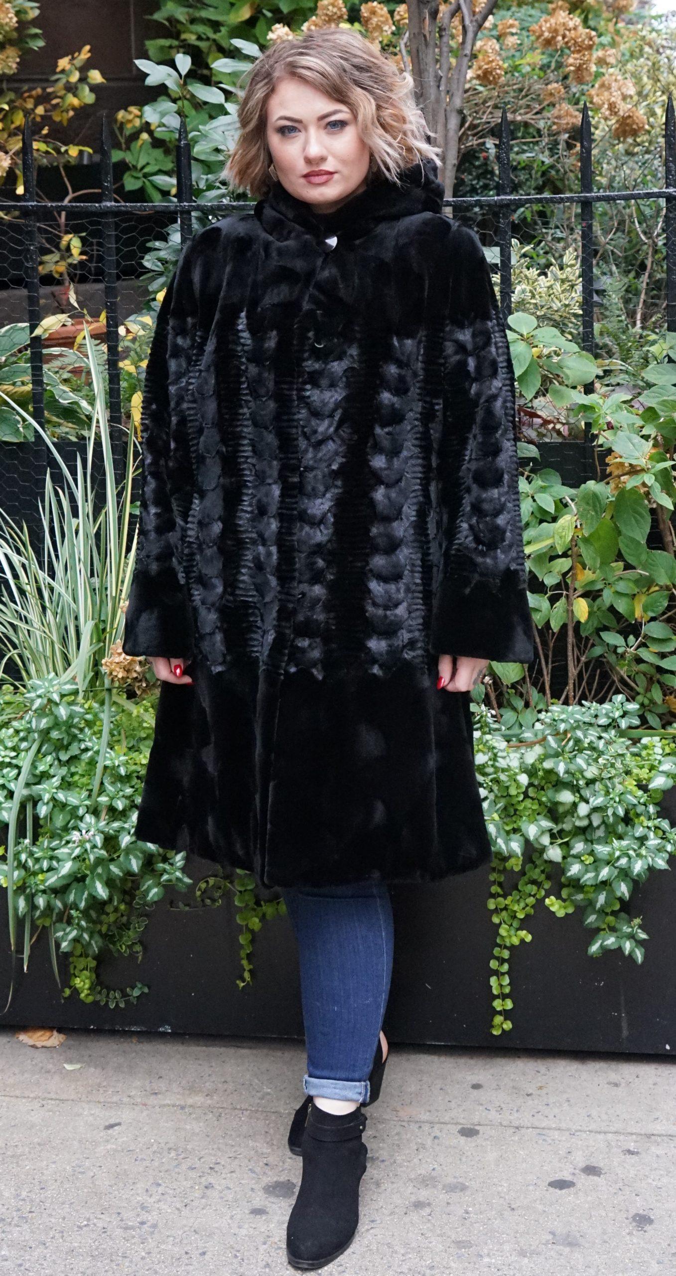Plus Size Black Diamond Cut Mink Stroller