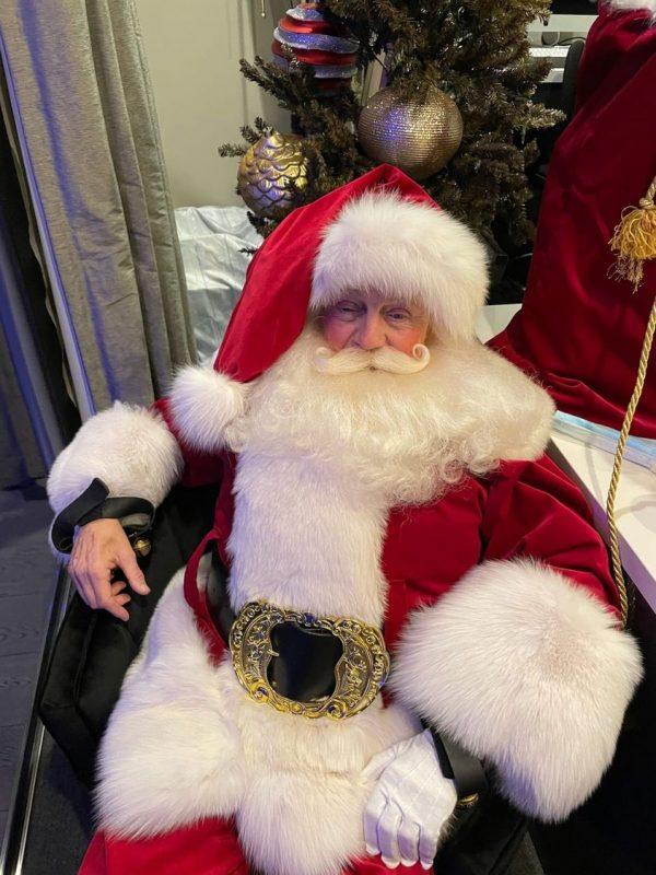 Santa Real White Fox Trim