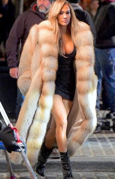Jennifer Lopez wearing a Golden Island Fox Coat