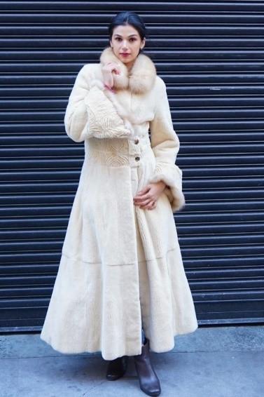 Amazing Camel Sheared Mink Coat Stone Martin Collar