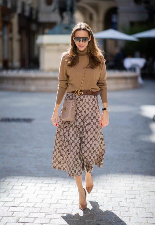 Gucci brown belt skirt